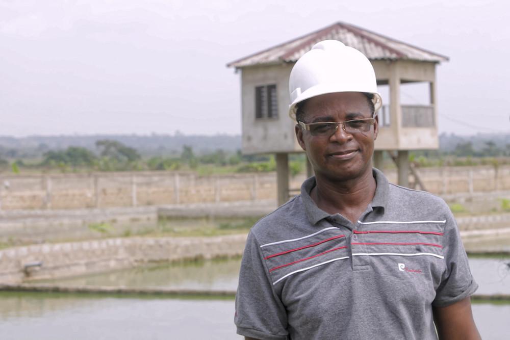 """Cephas Adjomlan, promoteur de la ferme piscicole """"La main de Dieu"""""""
